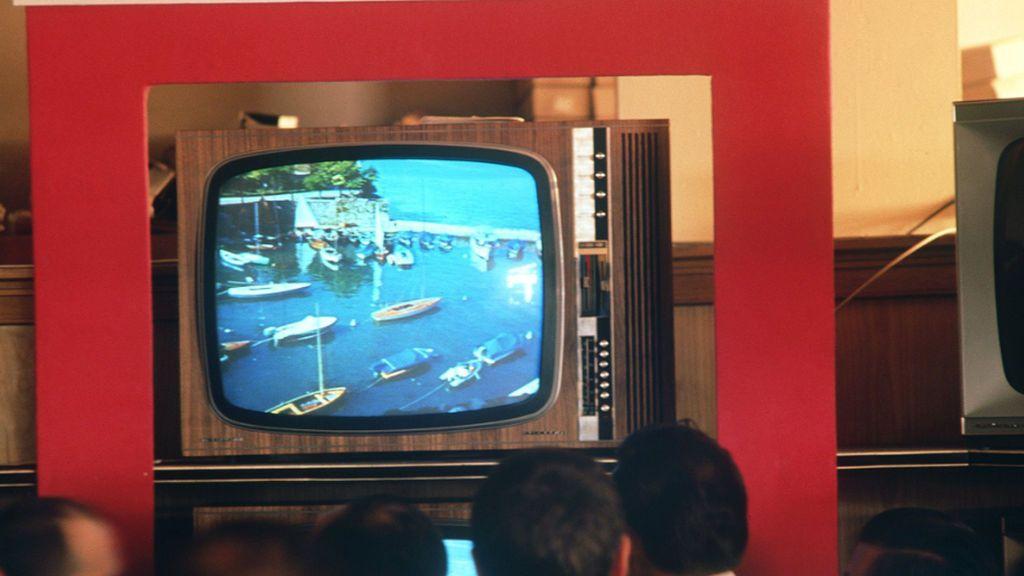 Sufren más un año y medio cortes en su banda ancha y descubren que se trataba de un televisor antiguo
