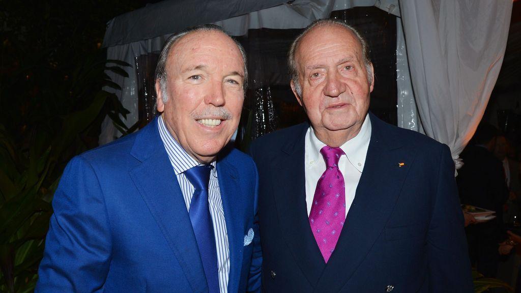 Juan Carlos I, con Pepe Fanjul en Florida en un acto benéfico en 2016.