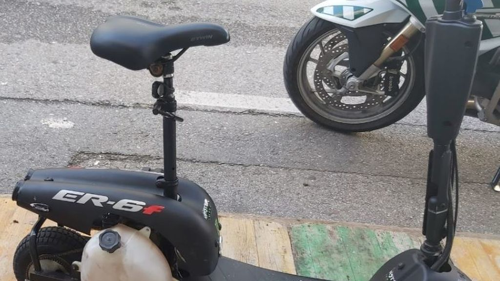 Muere el conductor de un patinete eléctrico en Barcelona tras chocar con una furgoneta