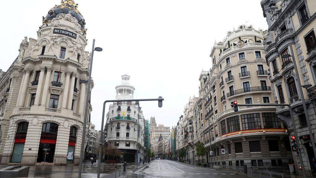 """Expertos, epidemiólogos y sanitarios coinciden: """"Hay que confinar Madrid ya"""""""
