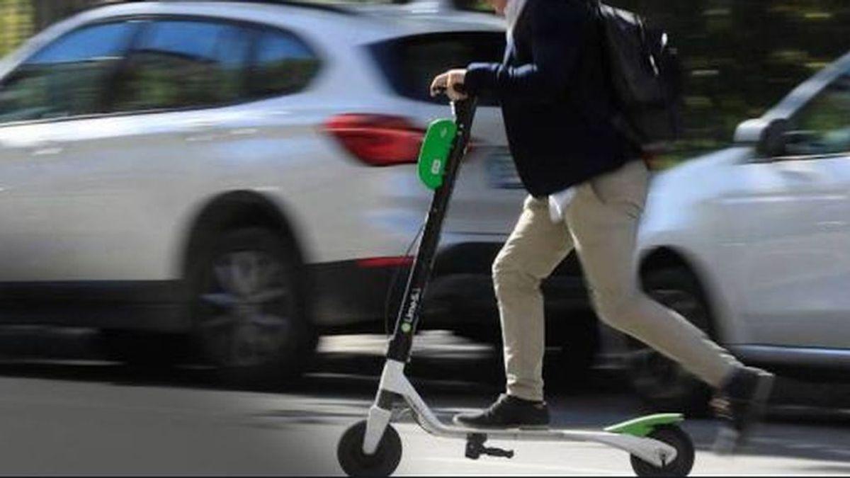 Muere un hombre de 59 años que conducía un patinete eléctrico por Barcelona