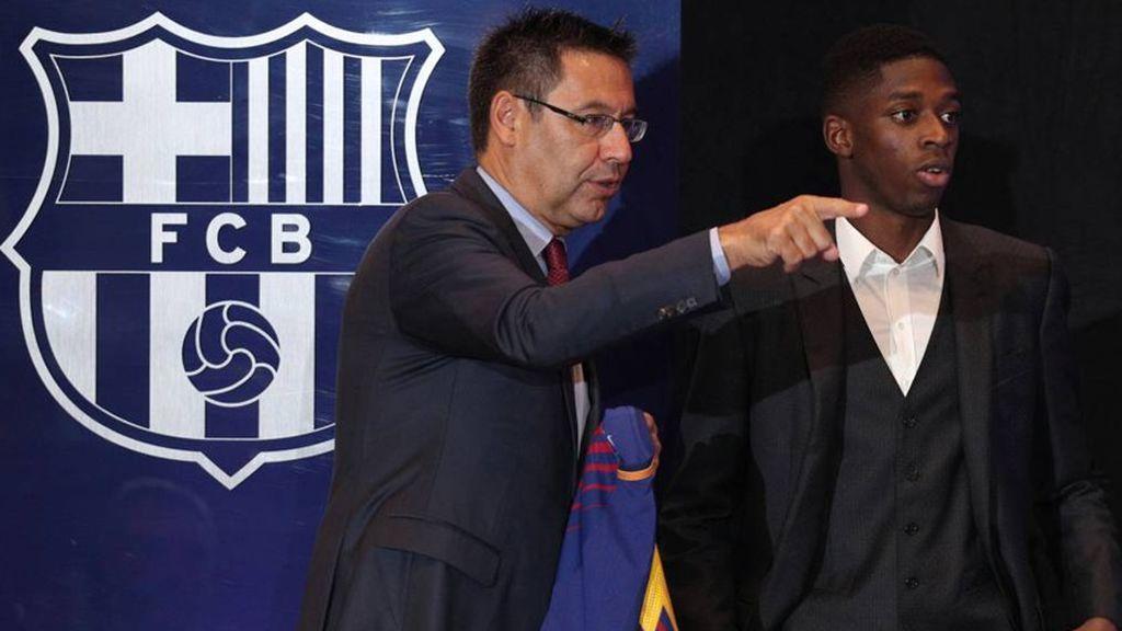 El Barça estudia vender a Dembélé para rebajar la masa salarial y fichar a Douglas Costa