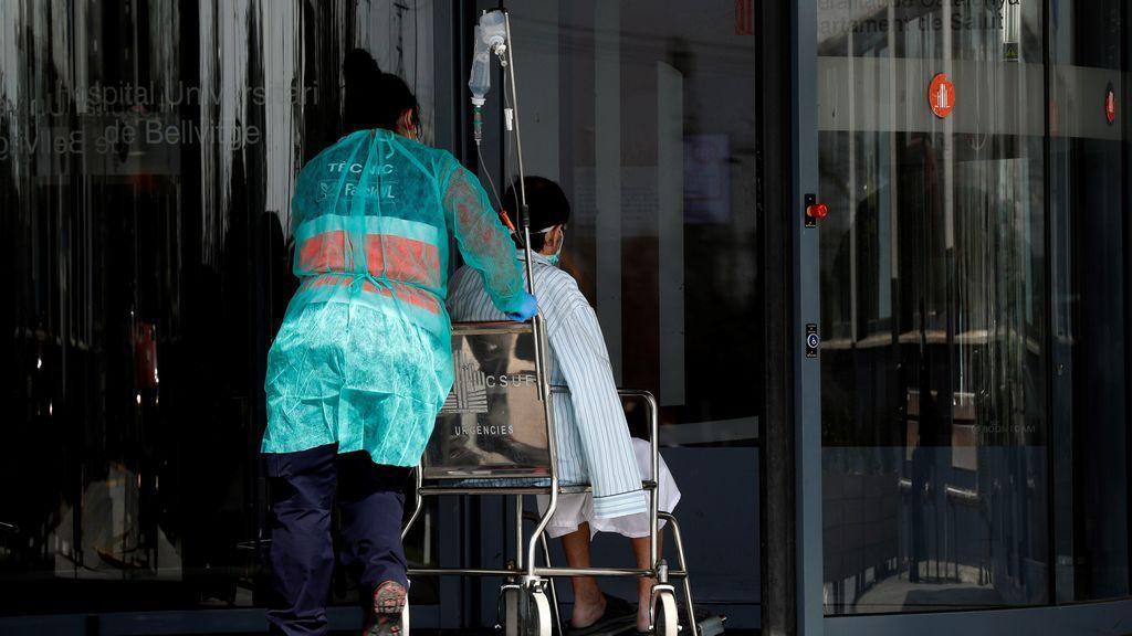 Sanidad reporta una bajada a 10.653 contagios de coronavirus y 84 muertes