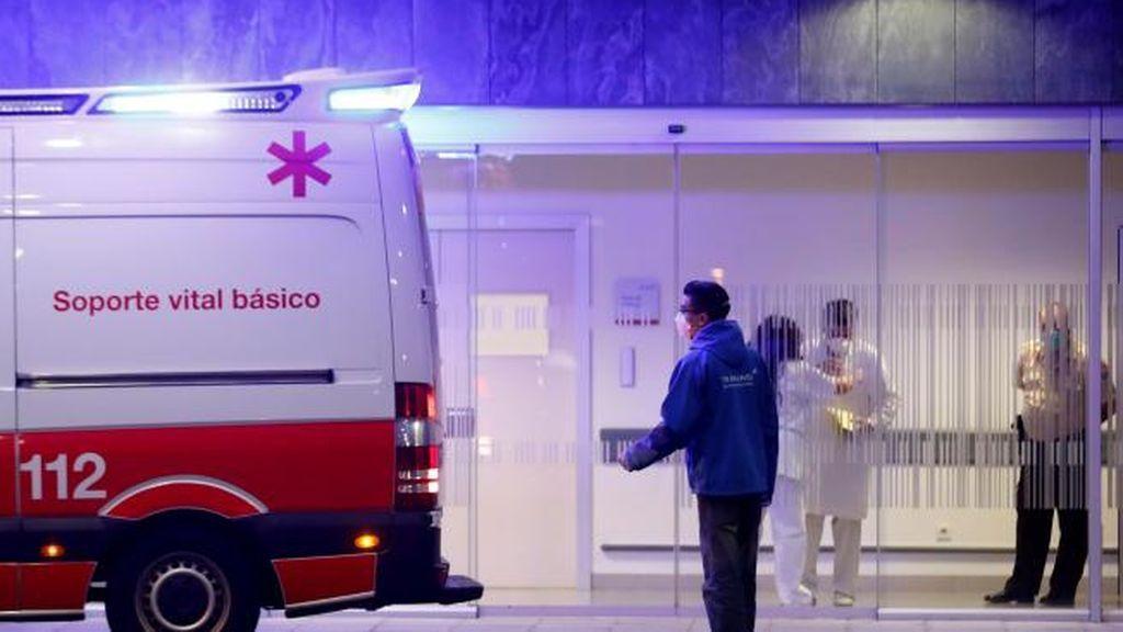 Investigan la muerte de una menor al caer desde una ambulancia en marcha en Asturias