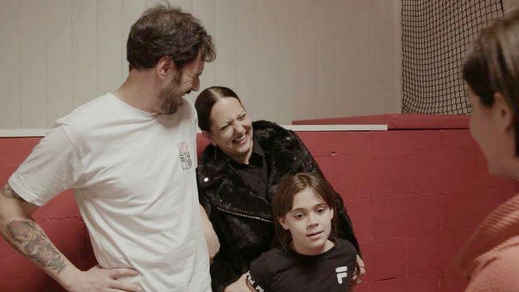 Yolanda Ramos presentó a su marido y su hija en el programa de Samanta Villar