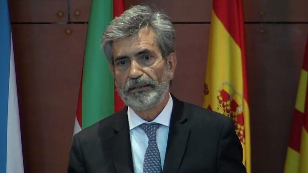 """Lesmes expresa el """"pesar"""" del Poder  Judicial por la ausencia del rey en la entrega de despachos"""