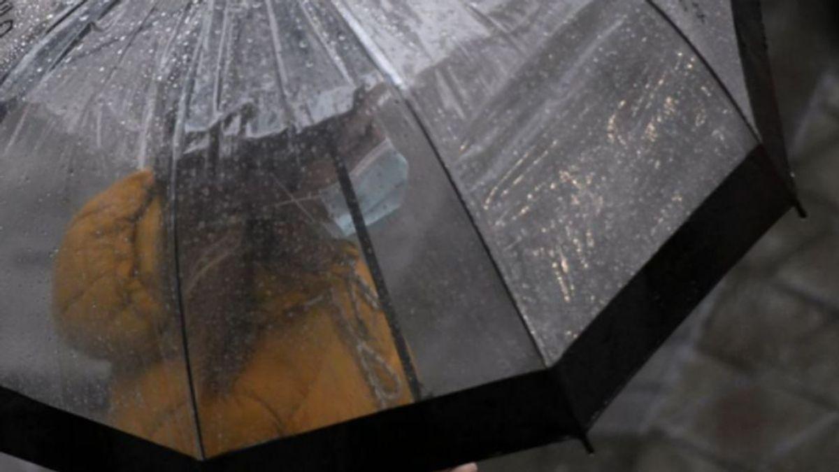 La borrasca Odette trae de golpe frío polar de invierno con nieves, vientos de 100 km/h y bajón  de temperaturas