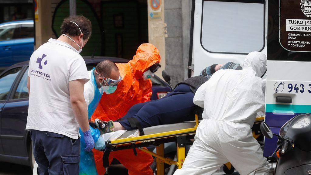 España registra una subida a 12.272 contagios de coronavirus y 114 muertes