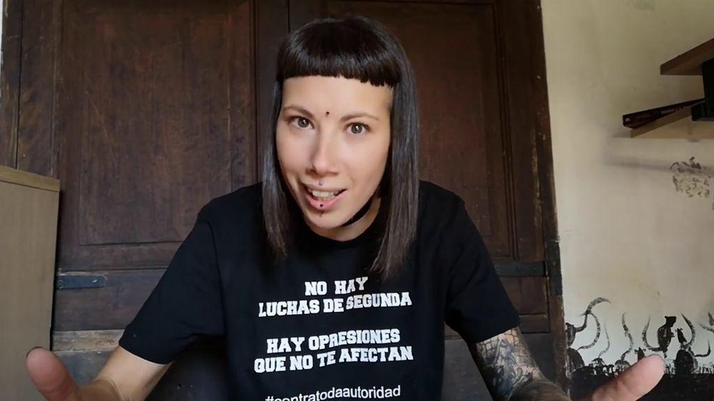 """Fani, la feminista defensora de las """"gallinas violadas"""", admite que es """"trabajadora sexual"""""""