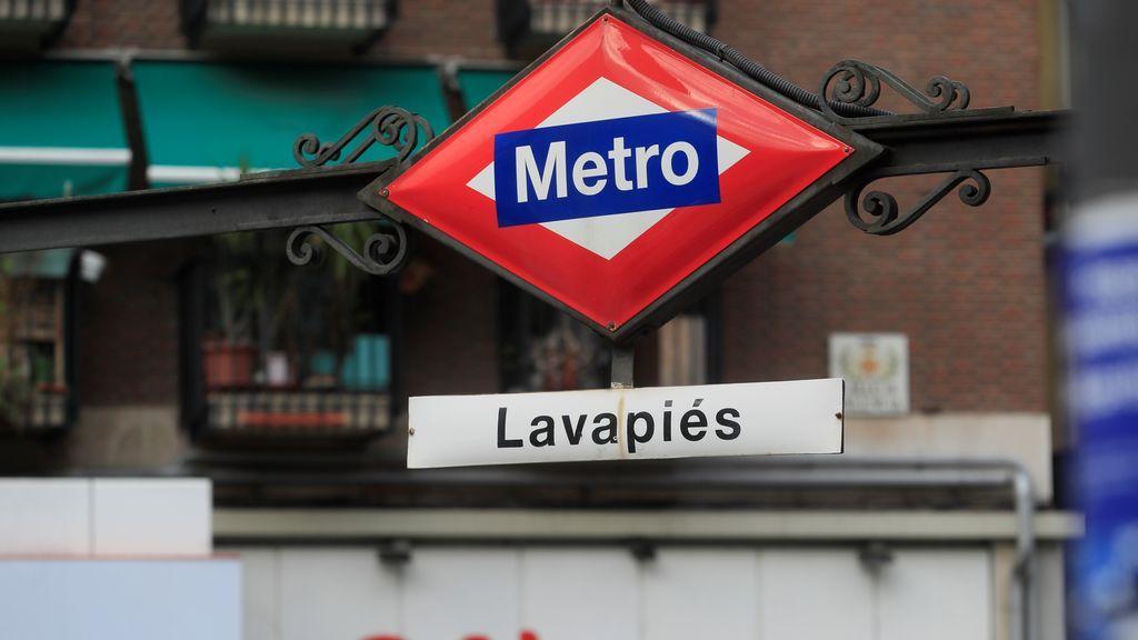 Los 'confinamientos selectivos' de Ayuso: no tocan ni Lavapiés ni otros barrios con incidencias por encima de los 1.000 casos