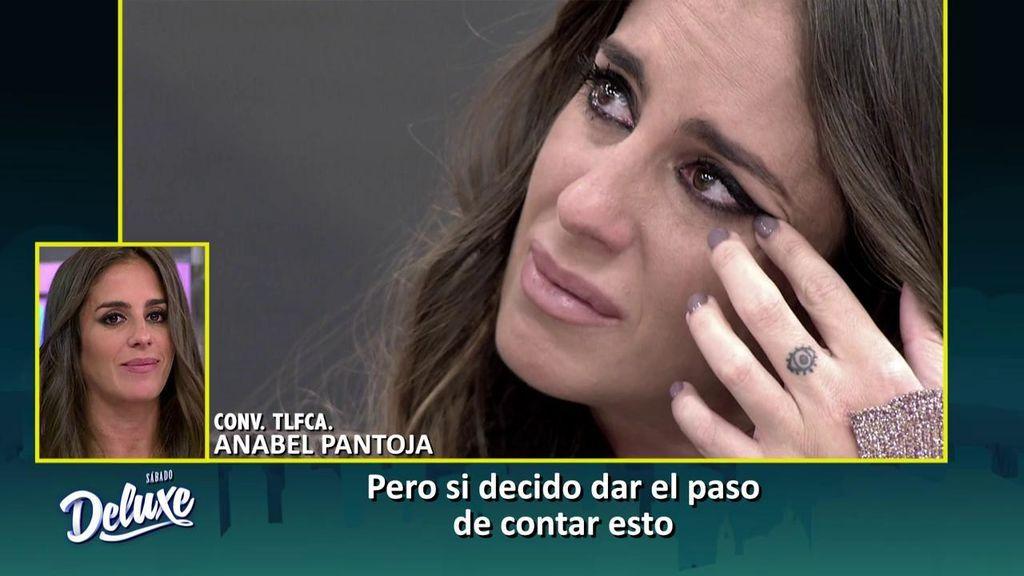 Anabel Pantoja visita el Deluxe