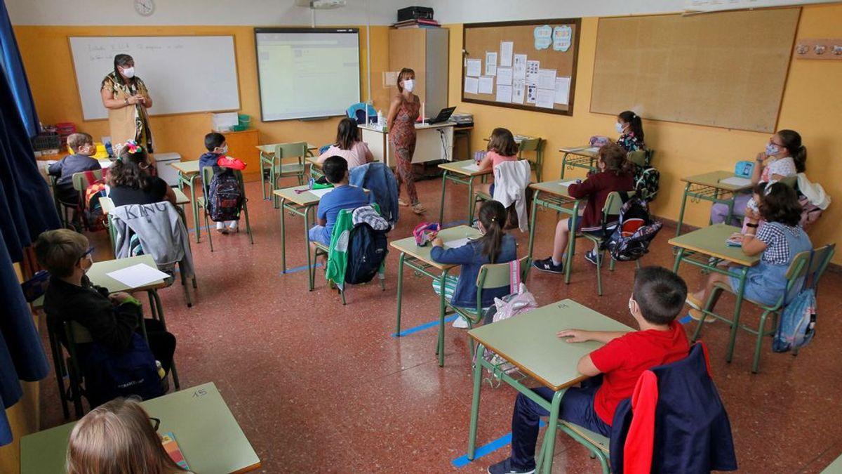 En Madrid, los contactos estrechos asintomáticos en las aulas no tendrán que hacerse la prueba PCR