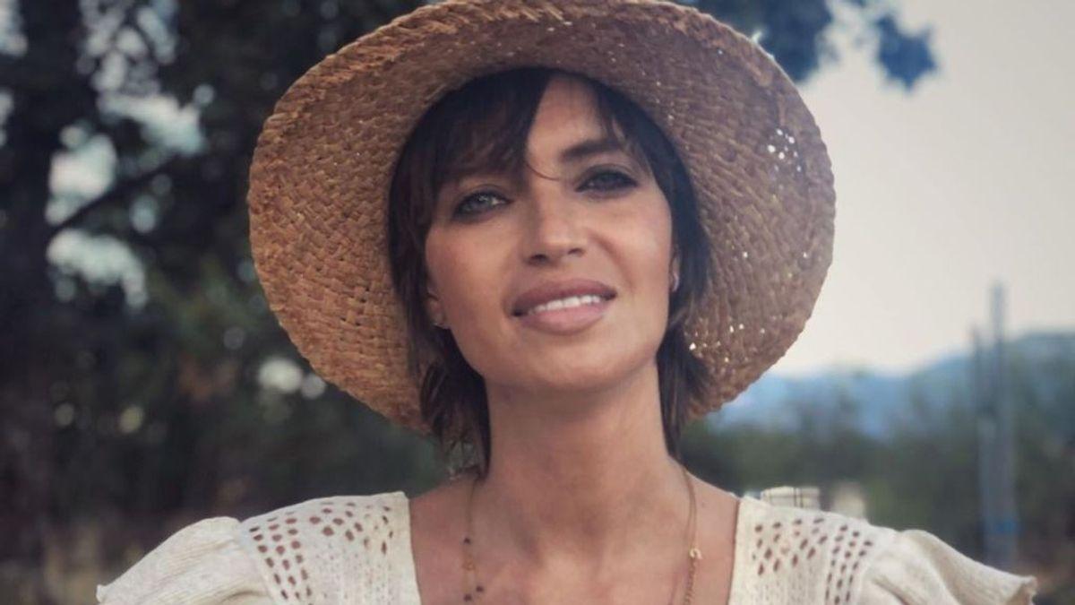 """Sara Carbonero cambia su look para inaugurar el otoño: """"La vida en el campo"""""""