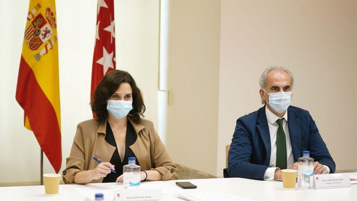 """Madrid asegura que la pandemia está """"controlada"""" y que no hay motivos para una intervención"""