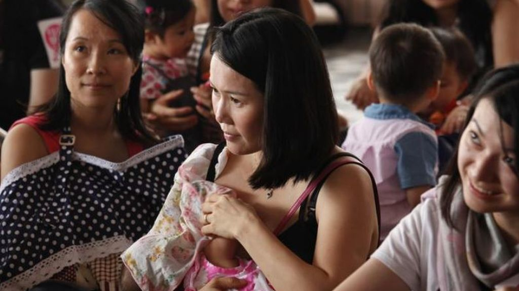 Un estudio asegura que la leche materna mata a la mayoría de las cepas vivas del Sars-Cov-2