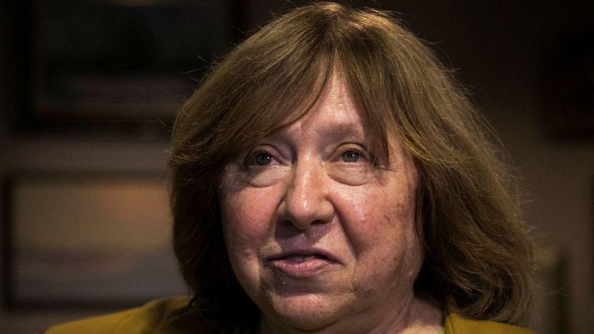 La Nobel Svetlana Aleksiévich abandona Bielorrusia