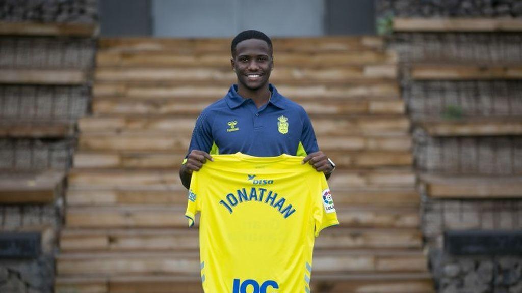 El futbolista de la UD Las Palmas Jonathan Silva, en libertad provisional por maltrato