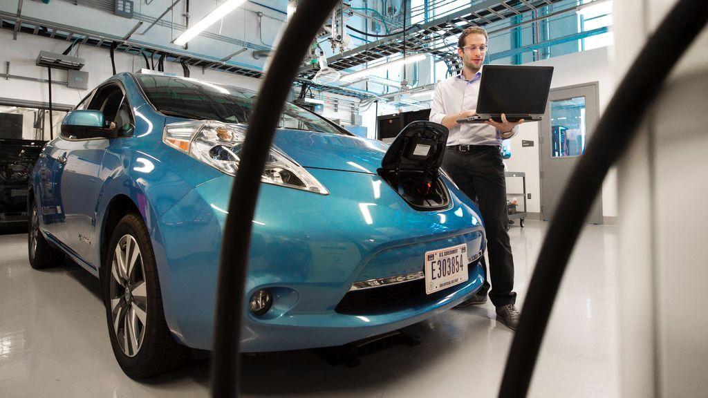 Baterías de los coches eléctricos: todas las preguntas sobre su duración, fabricación y reciclado cuando ya no son útiles