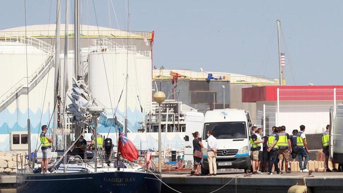 Golpe al narcotráfico: incautadas varias toneladas de hachis tras el abordaje de cuatro veleros