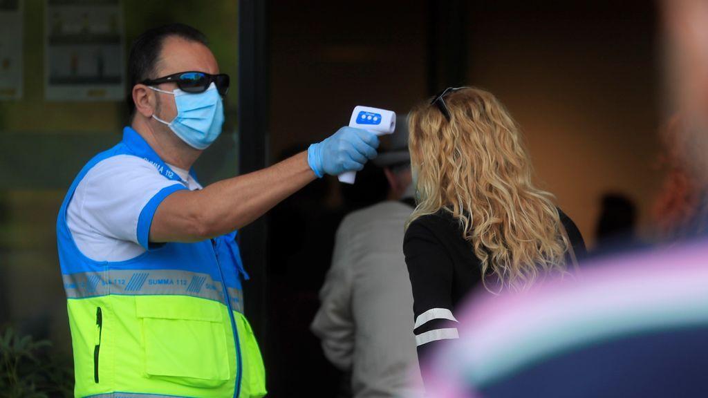 Bajan los contagios en Madrid a 2.917 y los muertos siguen al alza con 46