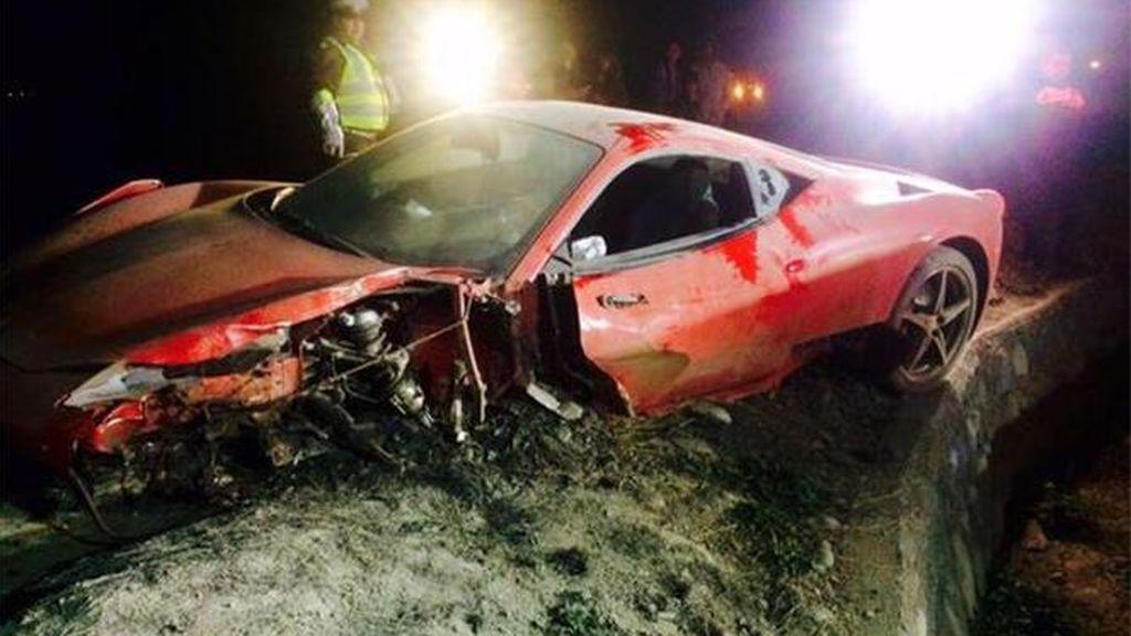 El coche de Arturo Vidal tras un accidente