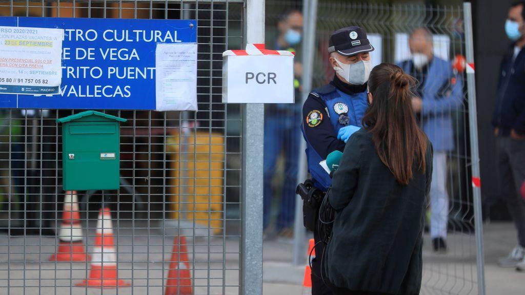España baja a 9.906 contagios de coronavirus pero suma 203 muertos