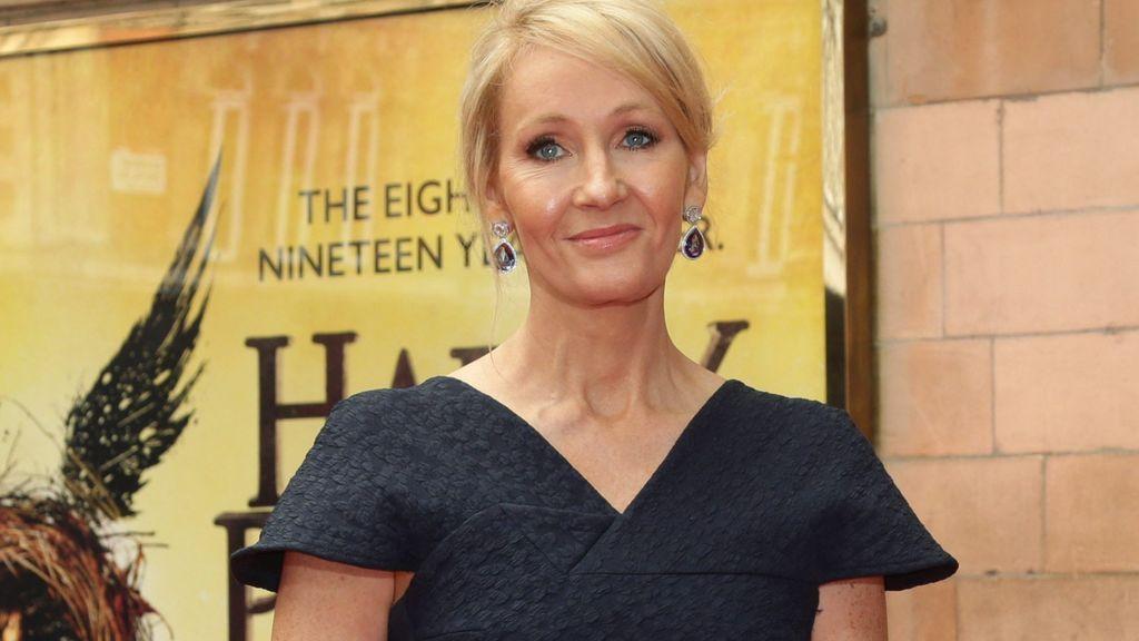 Su nombre de nacimiento era Harry Potter y le ha contado a J. K. Rowling por qué se lo ha cambiado