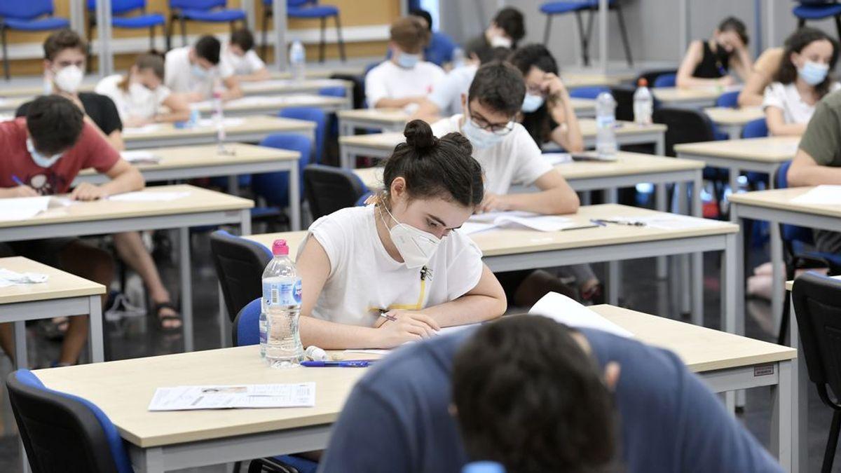Las tasas universitarias bajan en 5 comunidades pero Cataluña y Madrid siguen siendo las más caras