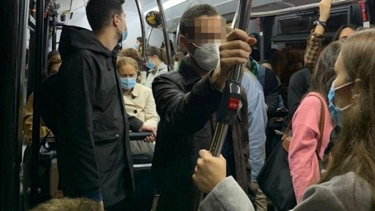 """""""Viajando como corderos al matadero"""": la denuncia de un neumólogo por la masificación en un autobús de Vigo"""