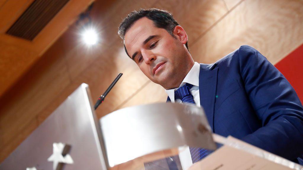 Madrid reclama la iniciativa: ignora el documento de Sanidad y evita fijar un plazo para las nuevas medidas
