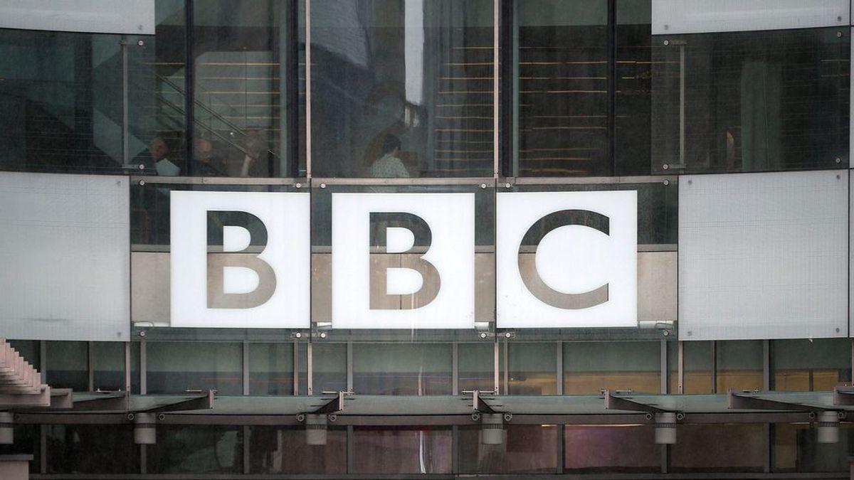 La BBC podrá despedir a periodistas y presentadores que expresen su opinión política en redes sociales