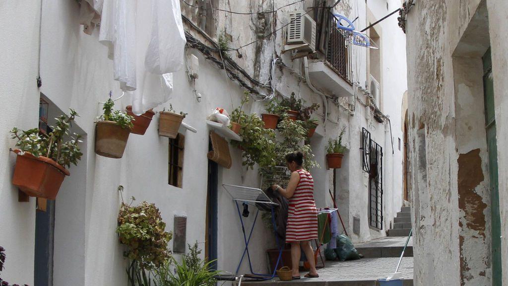 Todo el municipio de Ibiza aplicará desde este viernes restricciones para frenar el virus