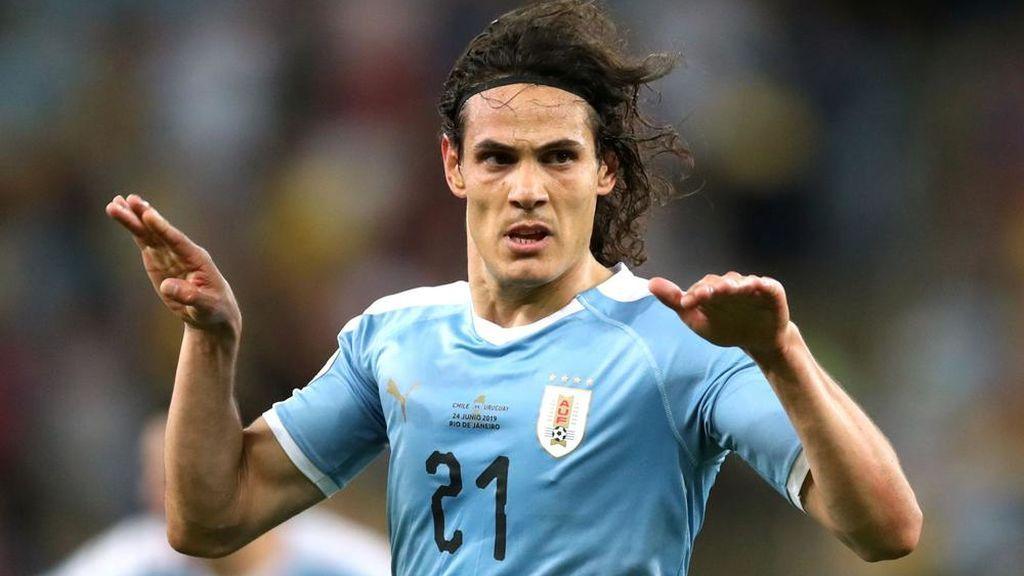 Cavani rebaja sus altas pretensiones: no encuentra equipo y Uruguay le avisa que debe jugar