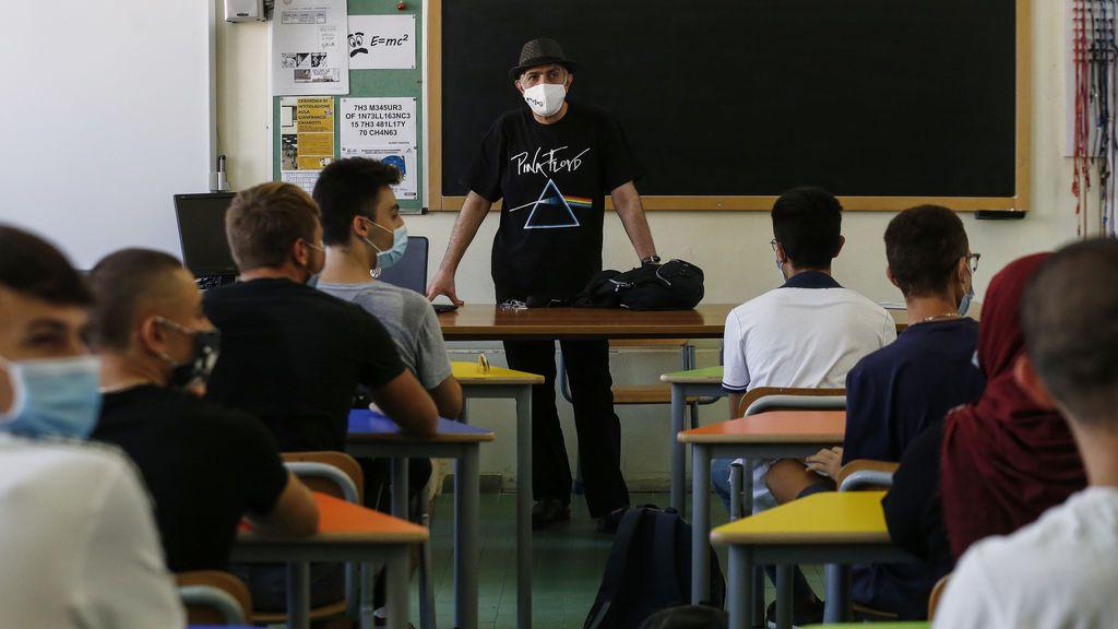 Alumnos de un instituto en septiembre
