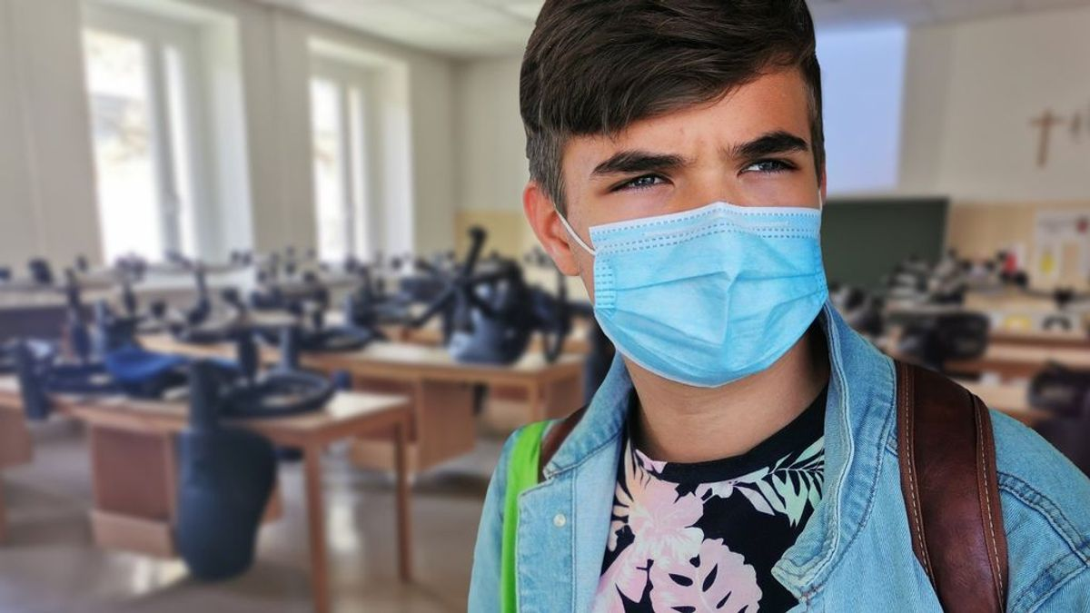 Cómo desinfectar la mascarilla: guía básica de limpieza según el tipo