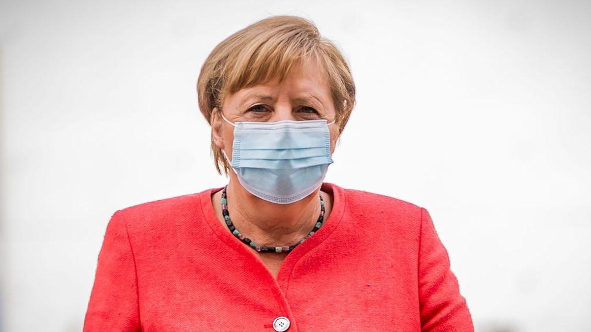 """Ventilación cruzada y por ráfaga: la recomendación """"barata y efectiva"""" de Angela Merkel para combatir el virus"""