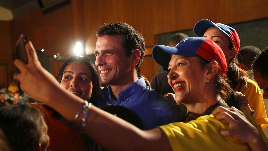 Capriles da marcha atrás: no se presentará  a las elecciones en Venezuela salvo  que se retrasen