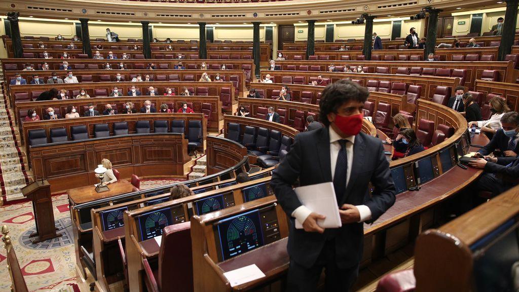 Imagen de los diputados en el hemiciclo del Congreso