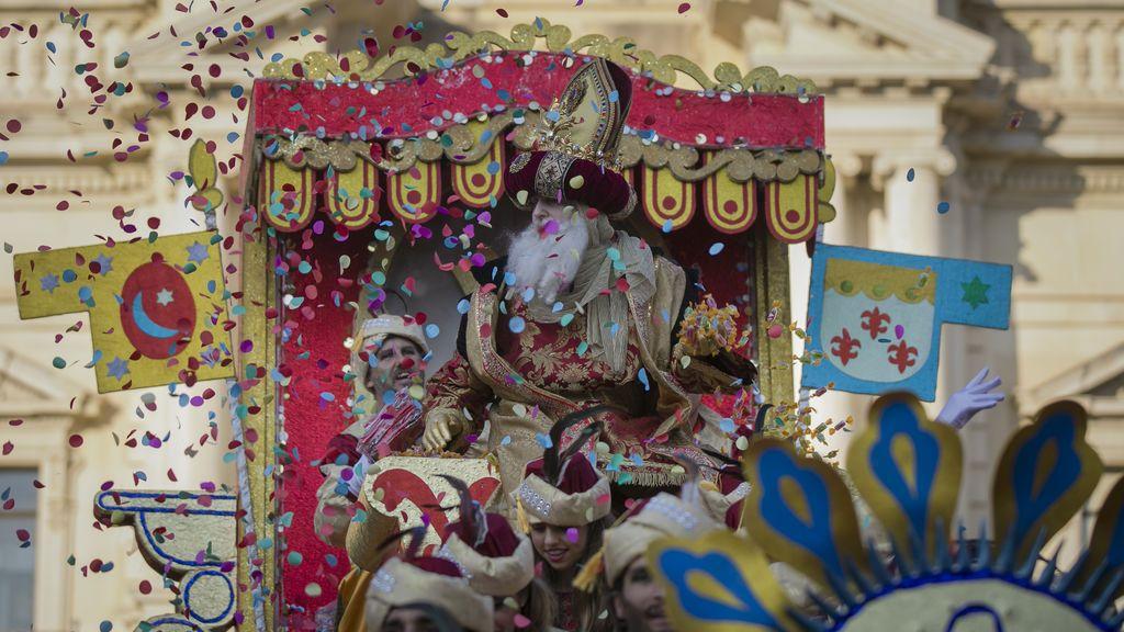 Sevilla suspende su tradicional Cabalgata de Reyes Magos por el coronavirus
