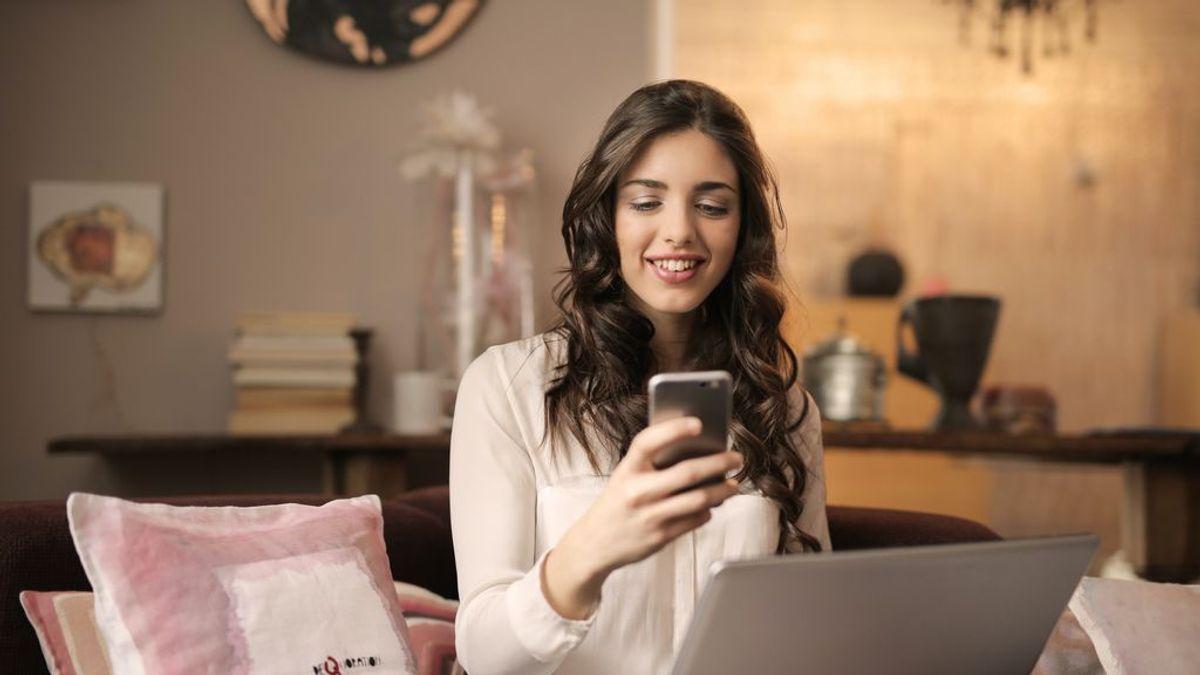 Cinco razones para borrar tus redes sociales de inmediato, según un pionero de Internet
