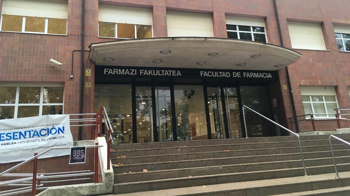 "El positivo de un profesor ""negacionista"" obliga a aislar a cuarenta alunmos de la universidad vasca"