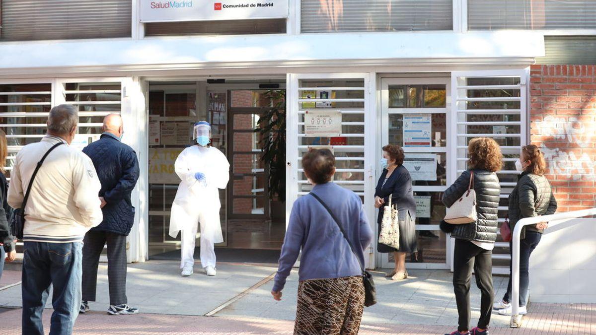 """Madrid denuncia que las nuevas restricciones son más """"laxas"""" al eliminar las zonas básicas de salud"""