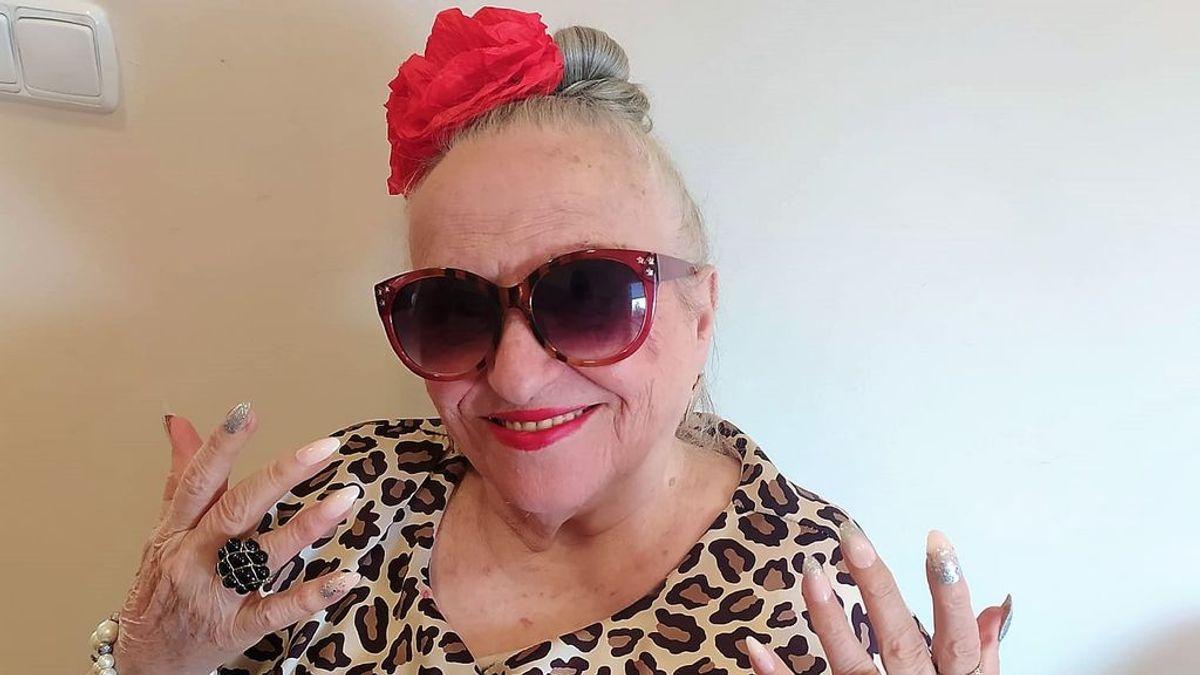 """""""Pa salir pa la calle, en la manita el gel que no falte"""": la versión de 'Malamente' de la Rosalía de 90 años"""
