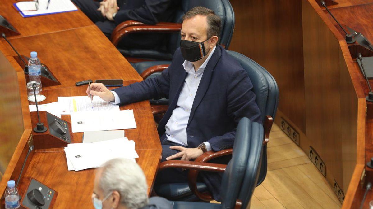"""Dimite el consejero de Políticas Sociales de la Comunidad de Madrid deseando """"suerte y acierto"""" a Ayuso"""