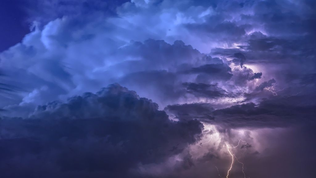 Cómo se forman las tormentas y los rayos