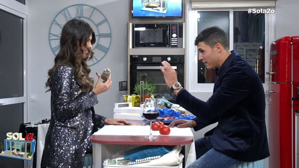 Kiko sorprende a Sofía en la cena romántica con un detalle muy especial