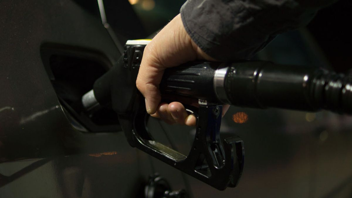 Buscar la gasolinera más barata ya no es una odisea: la guía de la OCU para encontrar combustible económico