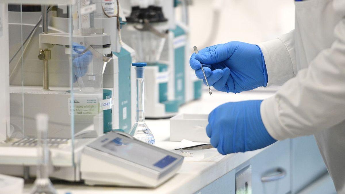 Optimismo sobre la vacuna de Oxford, que puede ser aprobada a fin de año