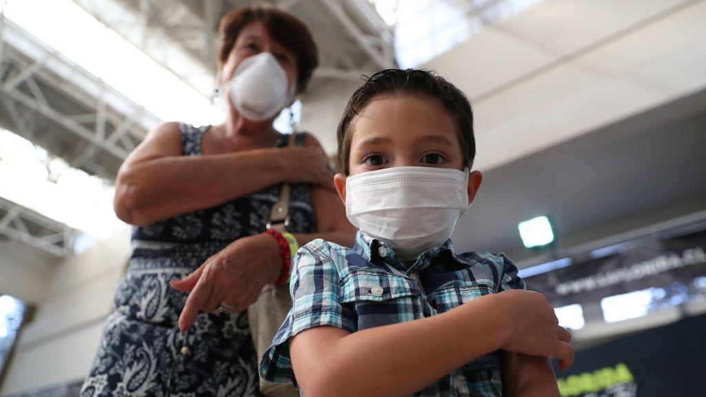 Los pediatras aconsejan que todos los niños mayores de 6 meses se vacunen de la gripe