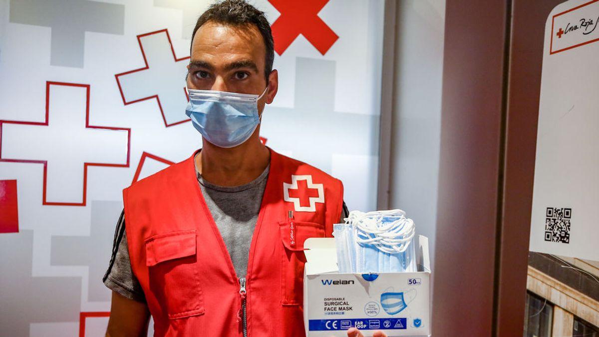 No, ni te tragas el CO2 ni pierdes oxígeno por usar mascarilla quirúrgica, según un nuevo estudio